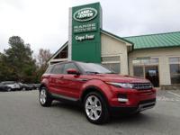 2015 Range Rover Evoque Pure Premium. Local Trade!