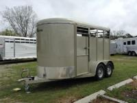 2015 Laredo Trailer 2 Horse slant load. Wood floor.
