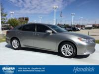 CARFAX 1-Owner, LOW MILES - 35,516! FUEL EFFICIENT 31