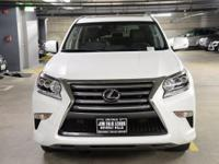 4X4! NAVIGATION-ONE OWNER!!  This GX460 was leased new