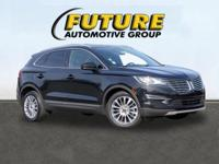***WOW! FLAWLESS AND PRISTINE LINCOLN CERTIFIED MKC