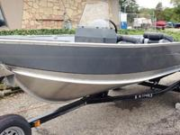Boat Package Includes : 2015 Mercury 25 HP ELPT motor,