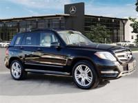 Certified Pre-Owned 2015 Mercedes-Benz GLK350. Black