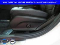 ONE OWNER, LEATHER, NAVIGATION, SUNROOF, C300 4MATIC?,