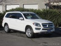 2015 GL450 7-seat sport utility in Polar White with