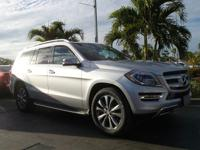Come see this 2015 Mercedes-Benz GL-Class GL 450. Its