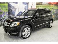 *Rule the roads in this classy black 2015 Mercedes-Benz