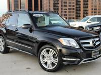 How enticing is this good-looking GLK350? Features