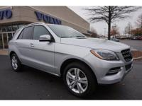 **LOCAL TRADE-IN**, **ALL WHEEL DRIVE**, **NAVIGATION -