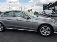 E 350 Luxury trim. FUEL EFFICIENT 29 MPG Hwy/20 MPG