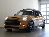 2015 MINI COOPER S HARDTOP 4 DOOR! LOADED WITH MEDIA
