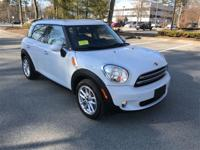 Low mileage 2015 Mini Cooper Countryman in Light White.