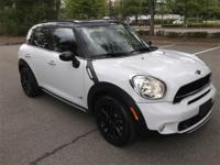 2015 MINI Cooper S Countryman ALL4 AWD in Light White,