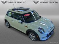 FUEL EFFICIENT 40 MPG Hwy/29 MPG City! CARFAX 1-Owner,