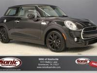 This 2015 MINI Cooper Hardtop S (***CLEAN CARFAX***)