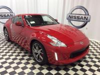 Delivers 26 Highway MPG and 19 City MPG! This Nissan