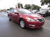 2015 Nissan Altima 2.5 S ** New Tires ** This is the