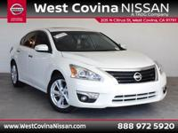 CARFAX One-Owner. Clean CARFAX. White 2015 Nissan