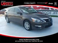 CARFAX One-Owner. Clean CARFAX. Brown 2015 Nissan