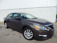 CARFAX 1-Owner, LOW MILES - 21,962! EPA 38 MPG Hwy/27