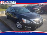 NO ACCIDENTS!! 2015 Nissan Altima 2.5. This Altima Has