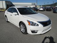 Climb inside the 2015 Nissan Altima! Feature-packed and