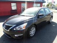 Options:  2015 Nissan Altima Come See Our Wide
