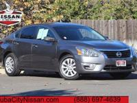 2015 Nissan Altima Gray  CARFAX One-Owner. CVT with
