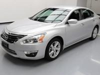 This awesome 2015 Nissan Altima comes loaded with the