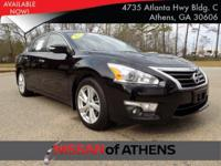 Come see this 2015 Nissan Altima 2.5 SL. Its Variable