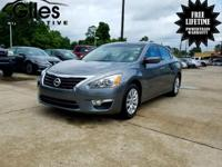 This gas-saving Altima will get you where you need to