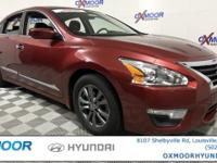 Nissan Altima 2.5 SV CARFAX One-Owner. CVT with