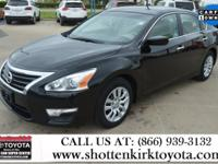 Aluminum/Alloy Wheels, Clean Carfax, and One Owner.