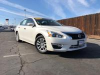 Clean CARFAX. Solid White FWD 2.5L I4 DOHC 16V ONE