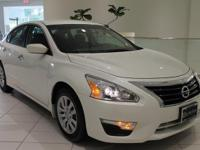 JUST IN!     VERY LOW MILEAGE!  2015 Nissan Altima 2.5