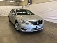 Silver 2015 Nissan Altima 2.5 S FWD CVT with Xtronic