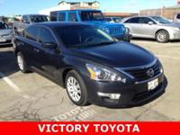 2015 Nissan Altima 2.5 S in Black starred featured