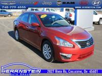 2015 Nissan Altima 2.5 S This Nissan Altima is