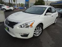 Options:  2015 Nissan Altima 2.5 S|White|Get Hooked On