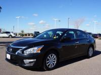 4 Cylinder  Options:  Cvt|Don't Miss Out On This 2015