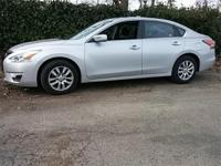 CRIUSE CONTROL, KEYLESS ENTRY, CLEAN CARFAX ONE