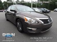 2015 Nissan Altima 2.5 S FWD  *BLUETOOTH MP3*, *CLEAN