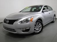Excellent Condition, CARFAX 1-Owner, Nissan Certified.