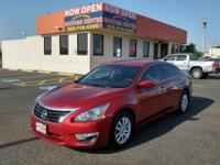 This 2015 Nissan Altima 2.5 SL is offered to you for