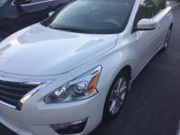 LIFETIME WARRANTY ON THIS LOADED ALTIMA SL NAV,