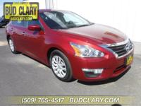 CARFAX One-Owner. Clean CARFAX. Red 2015 Nissan Altima