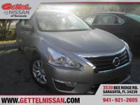 Options:  2015 Nissan Altima 2.5 Sv|Beige|Clean