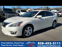 Options:  2015 Nissan Altima 2.5 Sv|2.5 Sv 4Dr