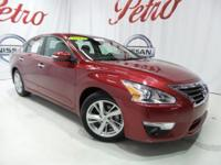2015 Nissan AltimaClean CARFAX.CarFax One Owner,