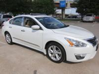 Best Deal Around !! 2015 Nissan Altima 2.5 SV CARFAX